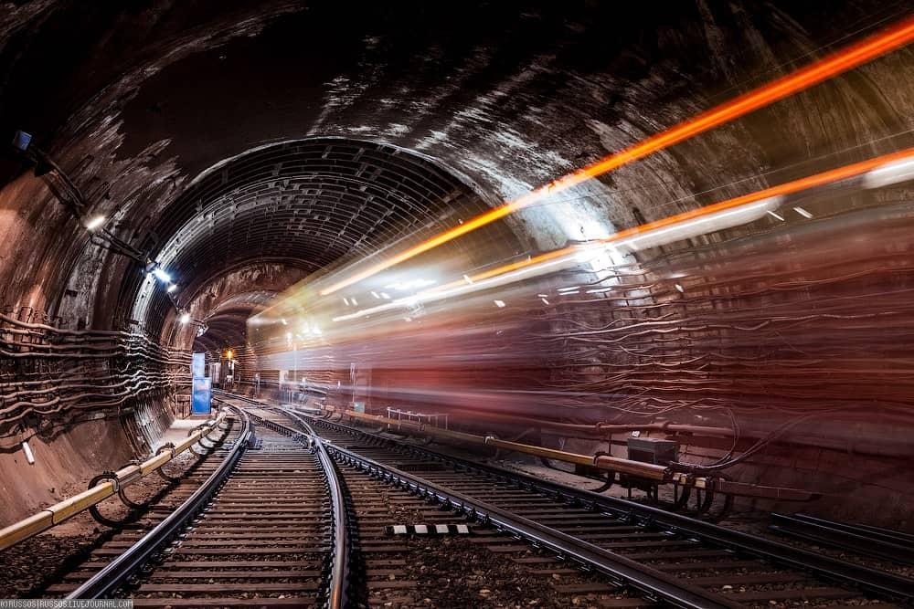 fiberinmotion-moscow-metro